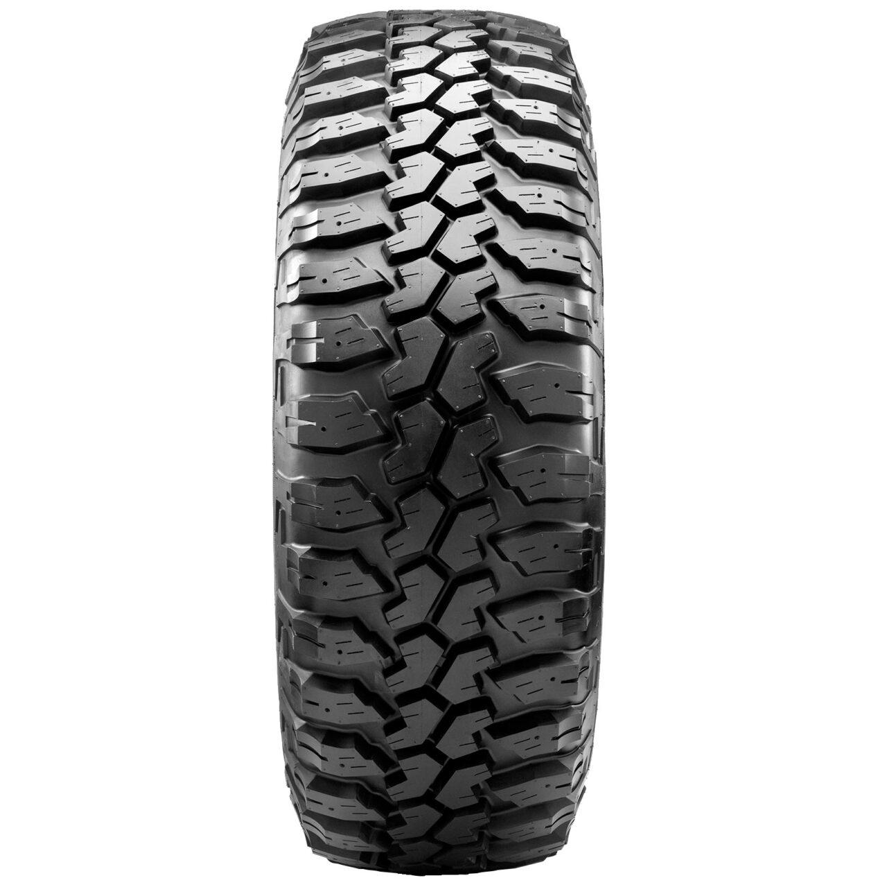 Maxxis Bighorn MT-762 mud terrain tire tread