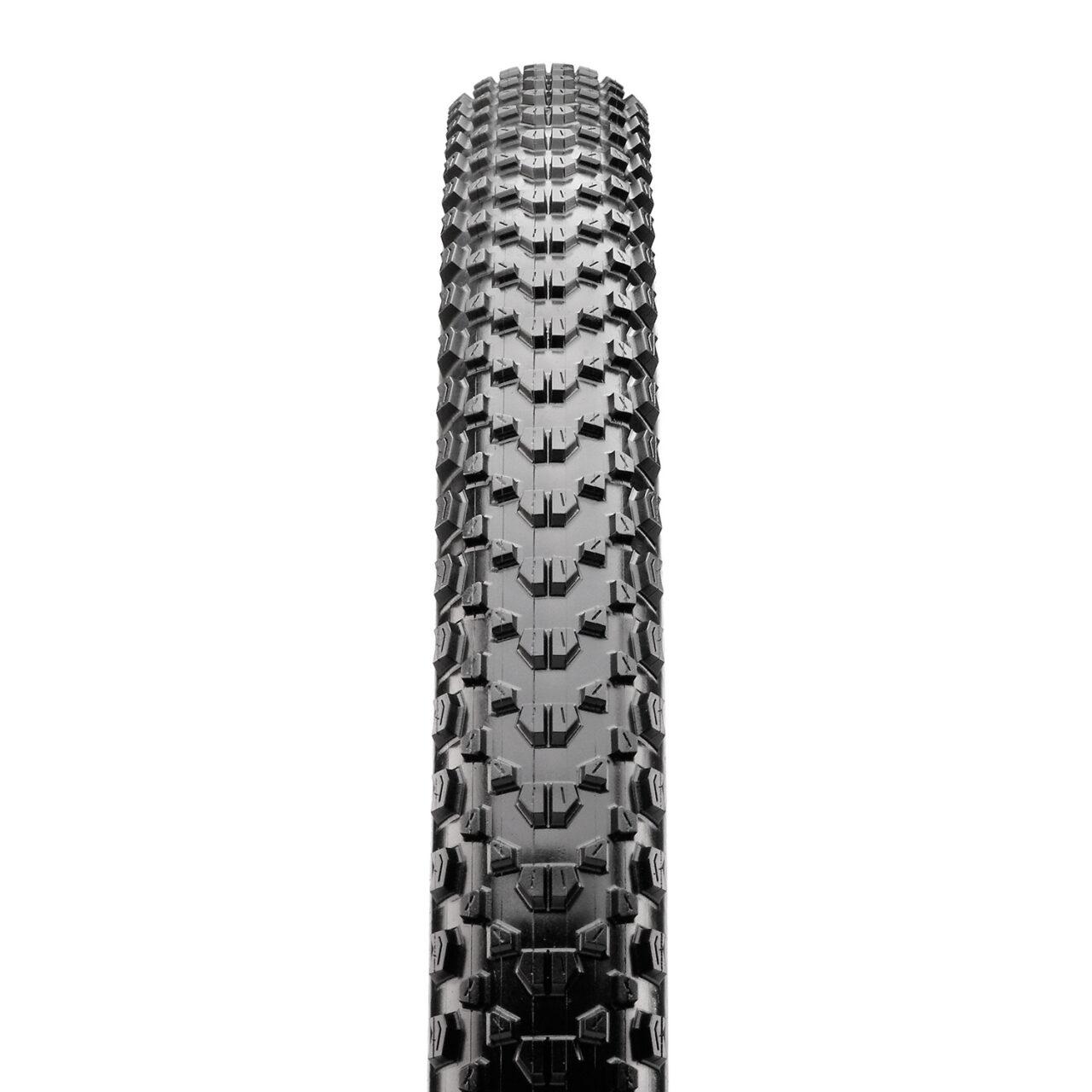 Maxxis Ikon bicycle tire tread